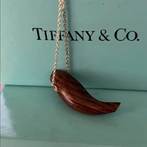 Frank Gerry TIFFANY&Co 💯 Authentic Fish Necklace